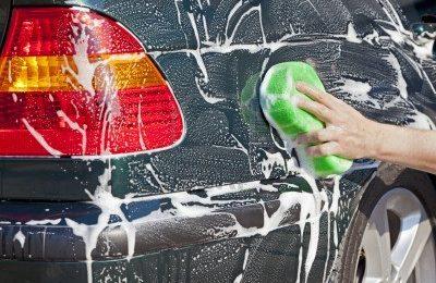 Comment nettoyer la carrosserie de sa voiture?